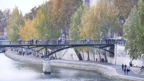 τέχνες des Παρίσι pont φιλμ μικρού μήκους