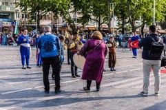 Τέχνη εβδομάδας συνειδητοποίησης ανικανότητας και λαϊκό γεγονός χορού - Τουρκία Στοκ Εικόνες