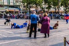 Τέχνη εβδομάδας συνειδητοποίησης ανικανότητας και λαϊκό γεγονός χορού - Τουρκία Στοκ Φωτογραφίες