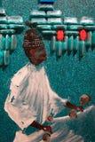 Τέχνη ζωγραφικής: Αραβικά άτομα με το τουρμπάνι και τις άσπρες παραδοσιακές τινίκ Στοκ φωτογραφία με δικαίωμα ελεύθερης χρήσης