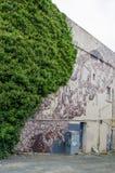 Τέχνη οδών που χρωματίζεται από το εικονοκύτταρο Pancho (Ιταλία) και Phlegm (UK) που βρίσκεται σε Dunedin, Νέα Ζηλανδία Στοκ φωτογραφίες με δικαίωμα ελεύθερης χρήσης