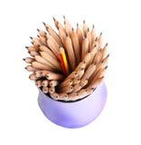 Τέχνη περίπτωσης μολυβιών στην άσπρη ιδέα έννοιας υποβάθρου Στοκ φωτογραφία με δικαίωμα ελεύθερης χρήσης
