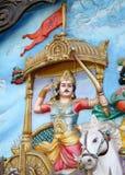 Τέχνη τοίχων του ινδού Θεού arjun στο άρμα όπως στον πόλεμο mahabharat όπως στην επική ιστορία στοκ εικόνα με δικαίωμα ελεύθερης χρήσης