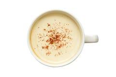 Τέχνη Latte - απομονωμένο φλιτζάνι του καφέ με την κανέλα Στοκ Φωτογραφίες
