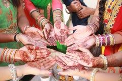 Τέχνη Mehandi στο γάμο στοκ φωτογραφίες