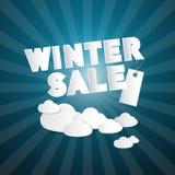Τίτλος χειμερινής πώλησης στο αφηρημένο υπόβαθρο μπλε ουρανού Στοκ Εικόνες
