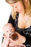 ταΐζοντας μητέρα μωρών Στοκ φωτογραφία με δικαίωμα ελεύθερης χρήσης
