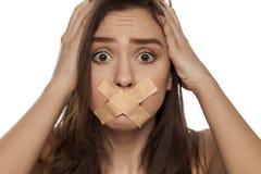 Ταινία πέρα από το στόμα της στοκ φωτογραφία με δικαίωμα ελεύθερης χρήσης