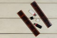 Ταινία φωτογραφιών αρνητική, usb-στιγμιαίος στοκ εικόνες με δικαίωμα ελεύθερης χρήσης