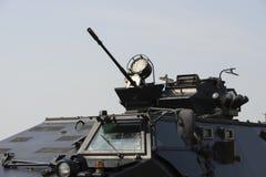 Τακτικός όλο το στρατιωτικό όχημα εκτάσεων Στοκ Φωτογραφίες