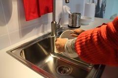 Τακτοποιημένη καθαρή κουζίνα Στοκ Εικόνες