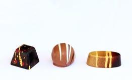 Τακτοποιημένο, στρογγυλό και ωοειδές bonbon σοκολάτας Στοκ Εικόνες