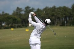 ταλάντευση ατόμων γκολφ Στοκ εικόνες με δικαίωμα ελεύθερης χρήσης