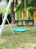 ταλάντευση κήπων Στοκ εικόνα με δικαίωμα ελεύθερης χρήσης
