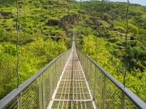 Ταλαντεμένος γέφυρα Khndzoresk και παλαιό χωριό σπηλιών, Αρμενία 14 Στοκ εικόνες με δικαίωμα ελεύθερης χρήσης