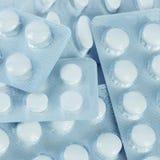 Ταμπλέτες στη συσκευασία. Ένα ιατρικό υπόβαθρο Στοκ φωτογραφία με δικαίωμα ελεύθερης χρήσης