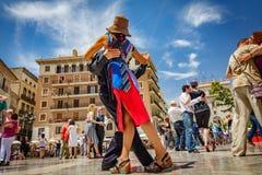 Τανγκό χορού στο παρθένο plaza, Βαλένθια Στοκ Φωτογραφίες
