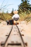 Ταξίδι με τις αποσκευές στις ράγες στοκ φωτογραφίες