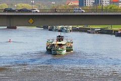 Ταξίδι ποταμών στον ποταμό Elbe, Δρέσδη Στοκ φωτογραφίες με δικαίωμα ελεύθερης χρήσης