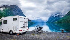 Ταξίδι rv, ταξίδι οικογενειακών διακοπών διακοπών στο motorhome Στοκ Εικόνες