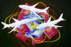 Ταξίδια σε όλο τον κόσμο με το αεροπλάνο Ελεύθερη απεικόνιση δικαιώματος