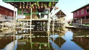 Ταξίδι βαρκών λιμνών Inle στο Μιανμάρ απόθεμα βίντεο