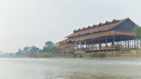 Ταξίδι βαρκών πρωινού στη λίμνη Inle Myanmar φιλμ μικρού μήκους