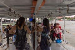 Ταξίδι βαρκών στον ποταμό Chao Phraya Στοκ Φωτογραφία