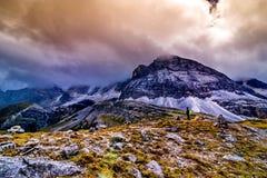 Ταξίδι με το βουνό χιονιού και υπόβαθρο λιμνών Στοκ φωτογραφίες με δικαίωμα ελεύθερης χρήσης