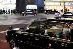 Ταξί νύχτας στοκ φωτογραφία με δικαίωμα ελεύθερης χρήσης
