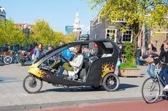 Ταξί ποδηλάτων μέσα κεντρικός του Άμστερνταμ, οι Κάτω Χώρες Στοκ φωτογραφίες με δικαίωμα ελεύθερης χρήσης