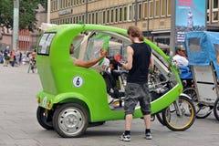Ταξί ποδηλάτων στην Κολωνία Στοκ φωτογραφίες με δικαίωμα ελεύθερης χρήσης