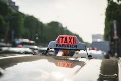 Ταξί στα elysees champs Στοκ Φωτογραφίες