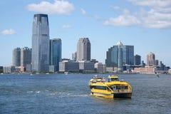 Ταξί ύδατος Νέα Υόρκη (Ηνωμένες Πολιτείες της Αμερικής) Στοκ Φωτογραφία