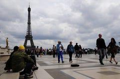 ταξιδιώτης πύργων του Άιφε& στοκ εικόνες