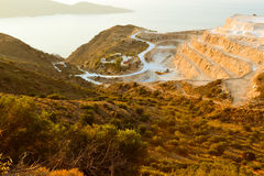 Ταξιδεύει την Ελλάδα Ð ¡ rit podorozh περισσότερο hory doroha β ranok hory δρόμος βουνών πρωινού ταξιδιών θάλασσας στα βουνά Στοκ φωτογραφία με δικαίωμα ελεύθερης χρήσης