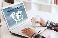 Ταξιδιωτικό γραφείο στοκ εικόνες με δικαίωμα ελεύθερης χρήσης