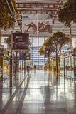Ταξιδιώτες στο σταθμό τρένου Αγίου Charles στη Μασσαλία Στοκ φωτογραφία με δικαίωμα ελεύθερης χρήσης
