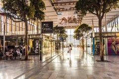 Ταξιδιώτες στο σταθμό τρένου Αγίου Charles στη Μασσαλία Στοκ εικόνα με δικαίωμα ελεύθερης χρήσης