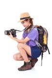 Ταξιδιώτης γυναικών με μια κάμερα Στοκ φωτογραφίες με δικαίωμα ελεύθερης χρήσης