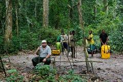 Ταξιδιώτης στη ζούγκλα του Κονγκό Στοκ Φωτογραφίες