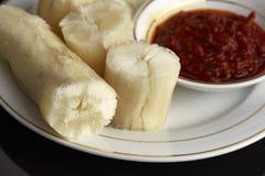 ταπιόκα ατμού με βυθισμένο sambal Στη Μαλαισία αυτά τα τρόφιμα αποκαλούμενα στοκ εικόνες