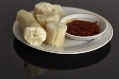 ταπιόκα ατμού με βυθισμένο sambal Στη Μαλαισία αυτά τα τρόφιμα αποκαλούμενα στοκ εικόνα με δικαίωμα ελεύθερης χρήσης
