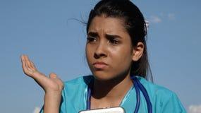 Ταραγμένο νεανικό πρόσωπο νοσοκόμων Στοκ εικόνες με δικαίωμα ελεύθερης χρήσης