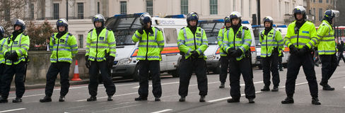 ταραχή αστυνομίας στοκ φωτογραφίες με δικαίωμα ελεύθερης χρήσης