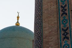 ΤΑΣΚΕΝΔΗ, ΟΥΖΜΠΕΚΙΣΤΑΝ - 9 Δεκεμβρίου 2011: Ιστορικός πύργος στο τετράγωνο ιμαμών Hast στοκ φωτογραφίες με δικαίωμα ελεύθερης χρήσης