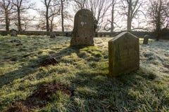 Ταφόπετρες στο νεκροταφείο Στοκ Εικόνες