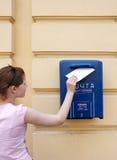 ταχυδρομείο κοριτσιών Στοκ φωτογραφία με δικαίωμα ελεύθερης χρήσης