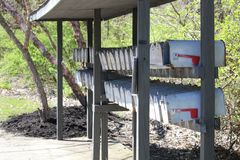 Ταχυδρομικές θυρίδες σε μια τοπική ανάπτυξη Στοκ Εικόνα