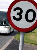 ταχύτητα σημαδιών ορίου Στοκ εικόνες με δικαίωμα ελεύθερης χρήσης